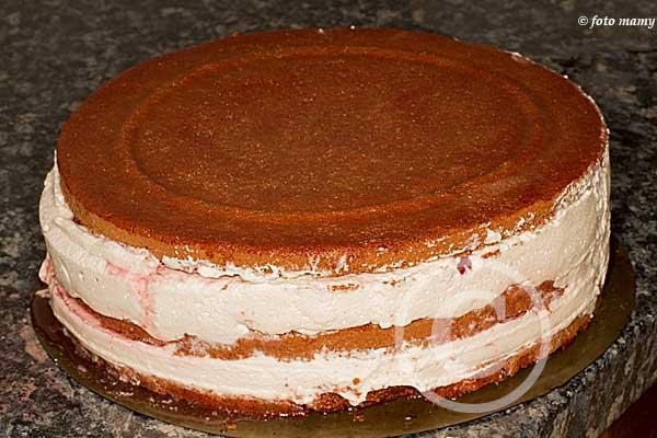voici le gâteau brut
